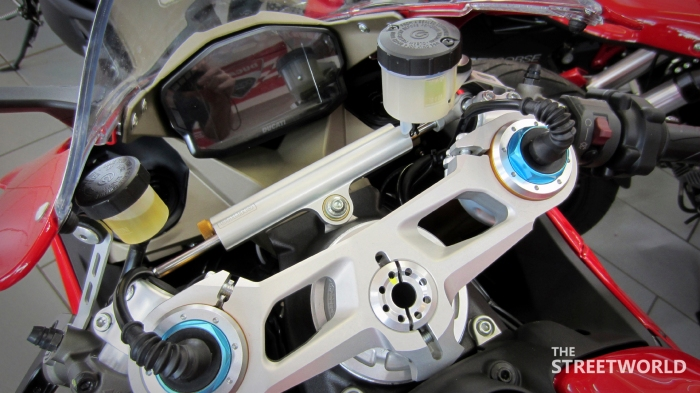 Ducati Superbike 1199 Panigale S 2012 Cockpit