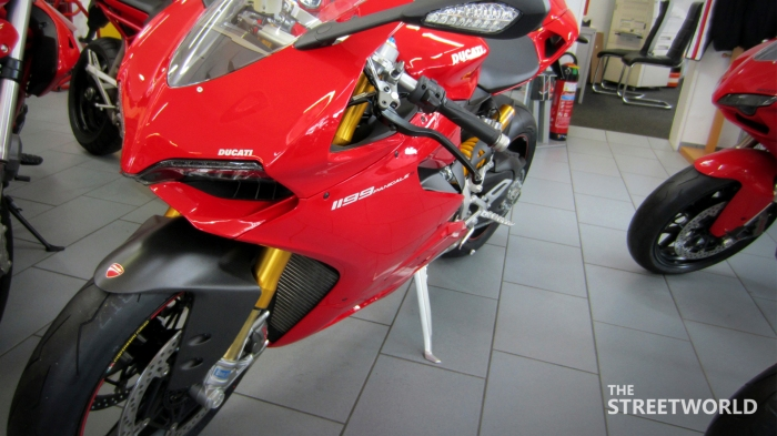 Ducati Superbike 1199 Panigale S 2012 Front