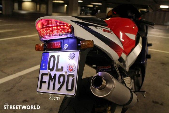 Altes Motorrad Kennzeichen mit 22cm Breite