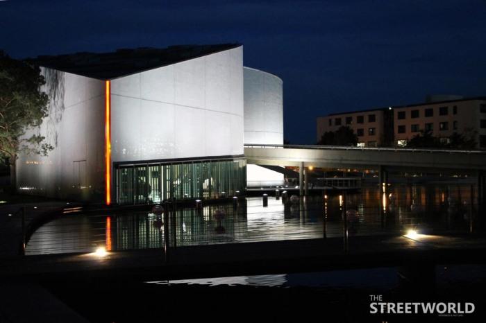 Autostadt Wolfsburg Abends
