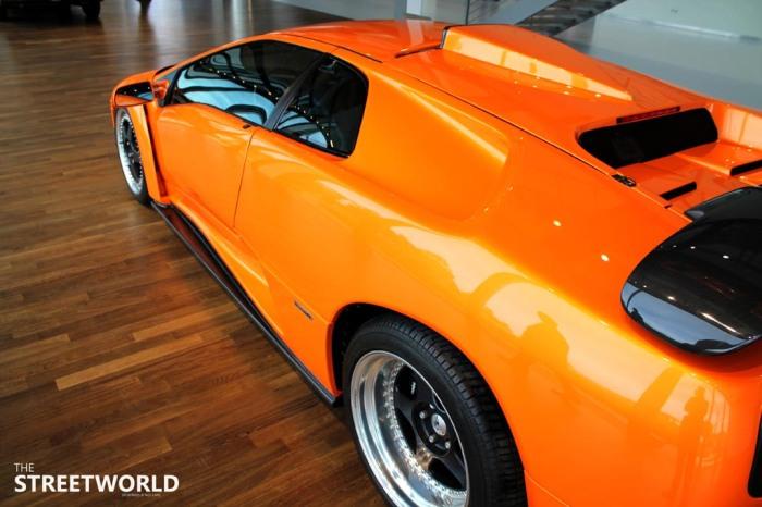 Lamborghini Diabolo GT Side