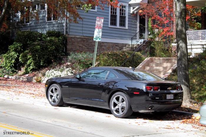 Chevrolet Camaro Black