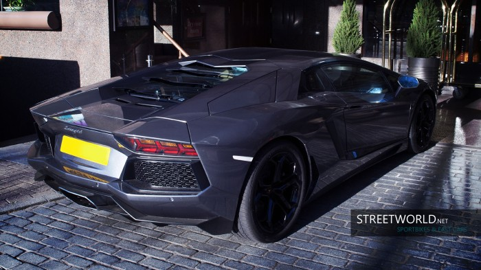 Awesome Lamborghini Aventador in London
