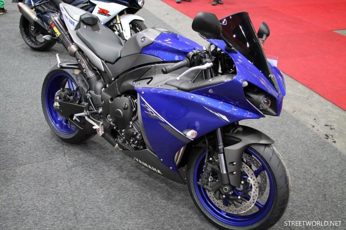 2013 Yamaha R1