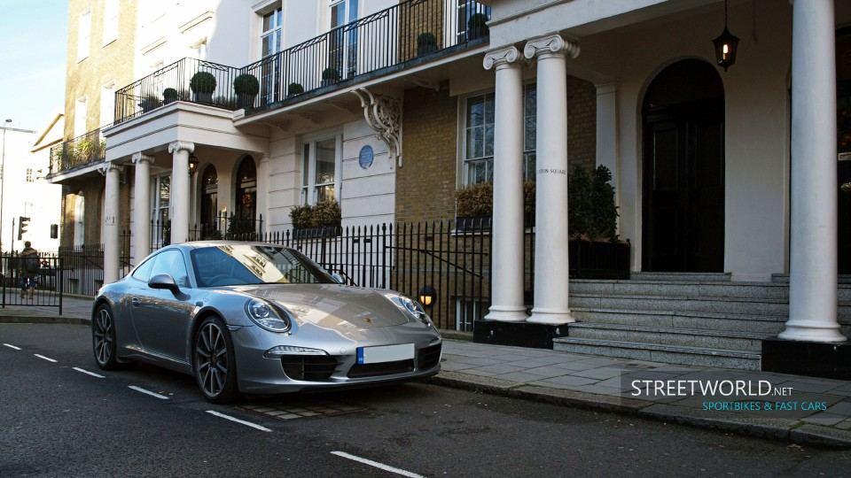 Porsche 911 in London Wallpaper HD 1920 1200