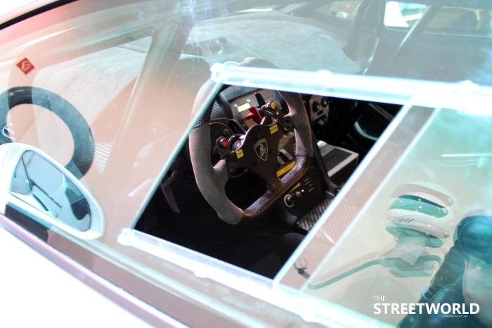 Lamborghini Gallardo LP560-4 Super Trofeo cockpit